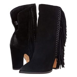 NWT Dolce Vita Ilene booties in black suede, sz 10